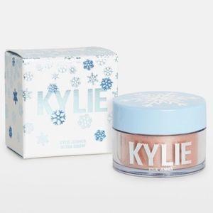 Kylie Cosmetics Merry Bright Ultra Snow